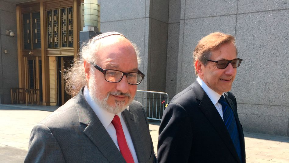 Jonathan Pollard (l.) mit seinem Anwalt 2016