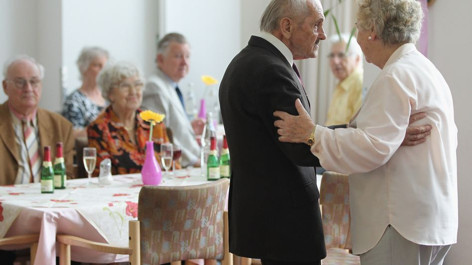 """Afternoon dancing at a care home in Berlin: """"I learned to ask of my patients what their most important priorities are and what they want to achieve in the time they have left."""""""