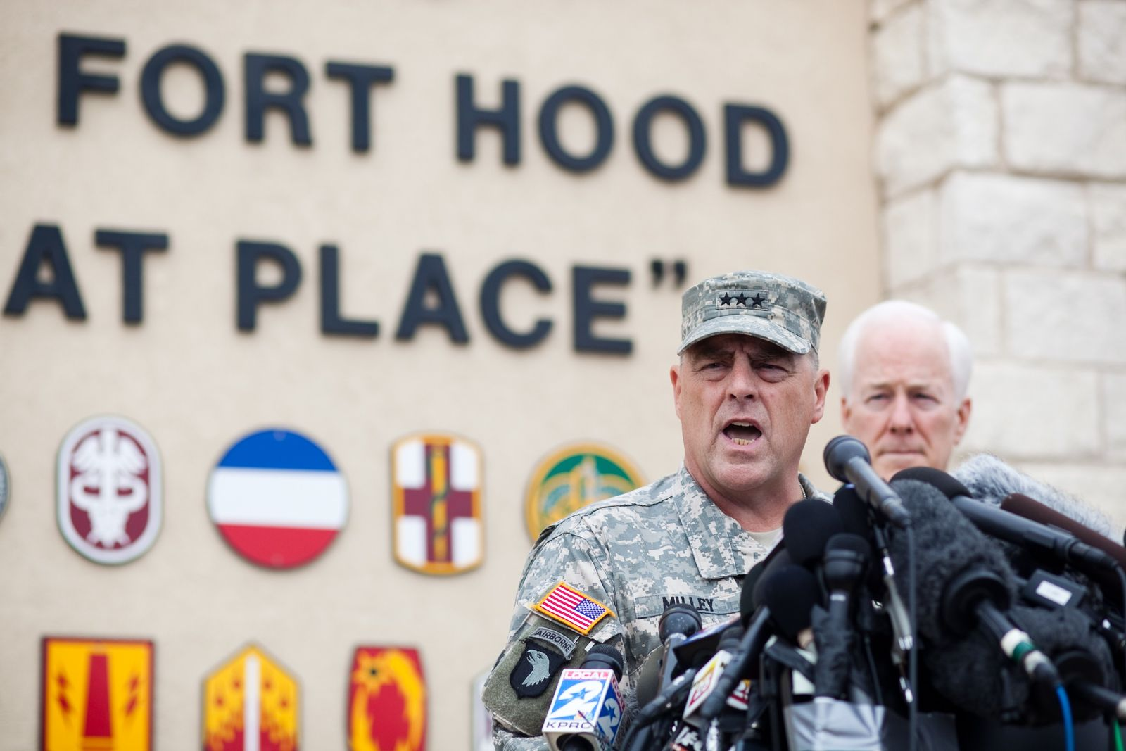 US-MULTIPLE-SOLDIERS-WOUNDED-BY-SHOOTER-AT-FORT-HOOD