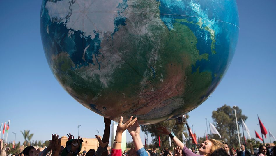 Aufblasbarer Globus in Marrakesch