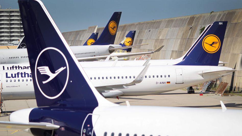 Lufthansa-Flugzeuge in Frankfurt am Main