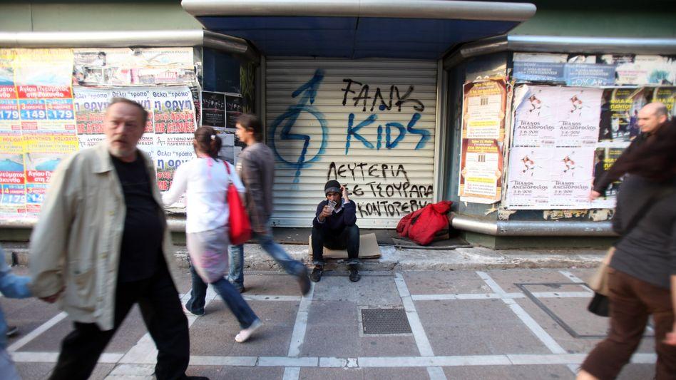 Straßenszene in Athen: Muss Griechenland noch schärfer kontrolliert werden?