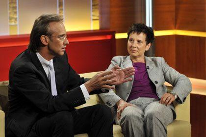 Diskutieren wie im vergangenen Jahrhundert: Journalistin Herbert und KKKH-Allianz-Vorstand Kailuweit