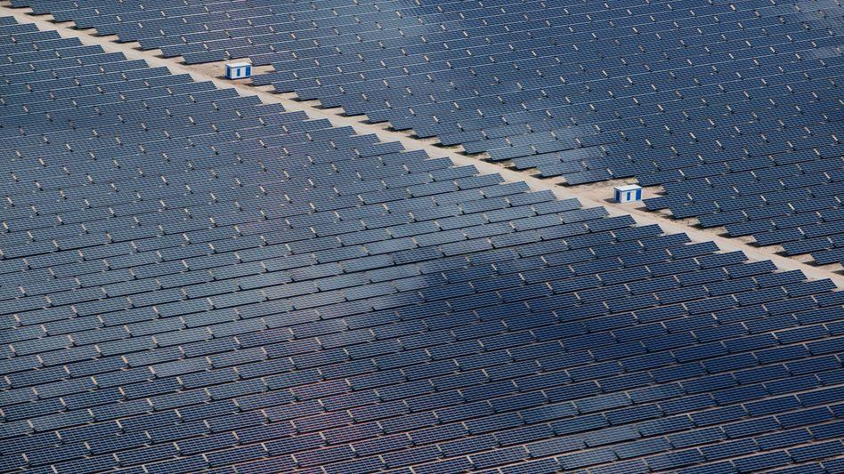 Photovoltaik-Kraftwerk bei Cottbus: Frankreich bei Kernenergie vor Litauen und der Slowakei