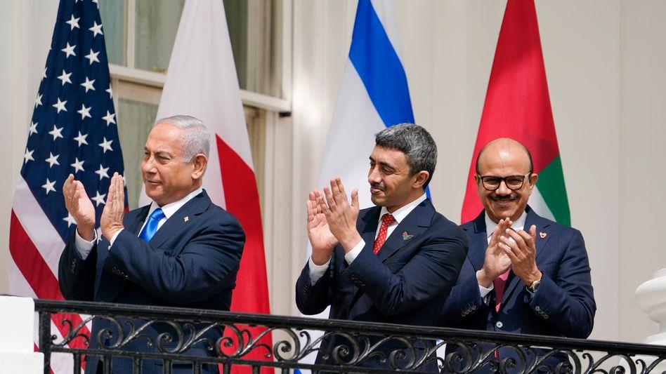 Belastungsprobe für neue Freunde? Ministerpräsident Netanyahu mit den Außenministern der VAE und Bahrains