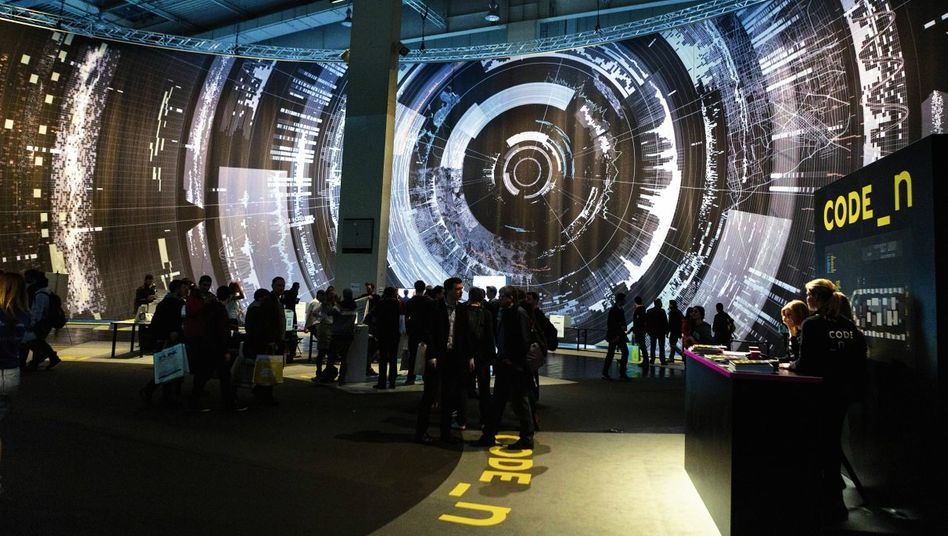 Big-Data-Installation auf der Cebit in Hannover im März