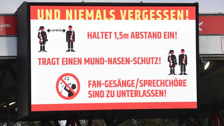 Corona-Maßnahmen im Stadion von Union Berlin: Fangesänge und Sprechchöre sind zu unterlassen