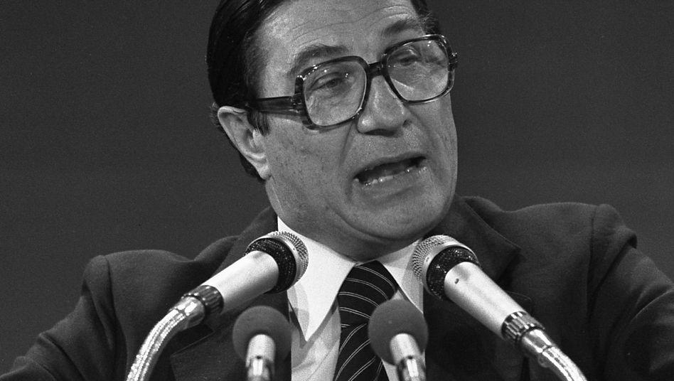 Werner Maihofer (Archivbild aus dem Jahr 1976): Mitinitiator der Freiburger Thesen