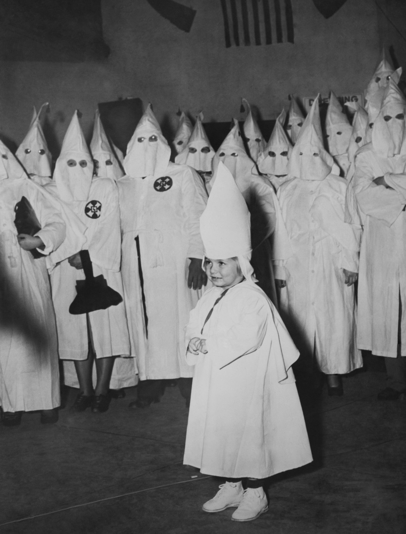 KKK und die Frauen - Macon, Ku Klux Klan Initiation Ceremony In Georgia