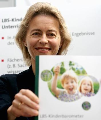 """Ministerin von der Leyen: """"Wir unterschätzen unsere Kinder"""""""