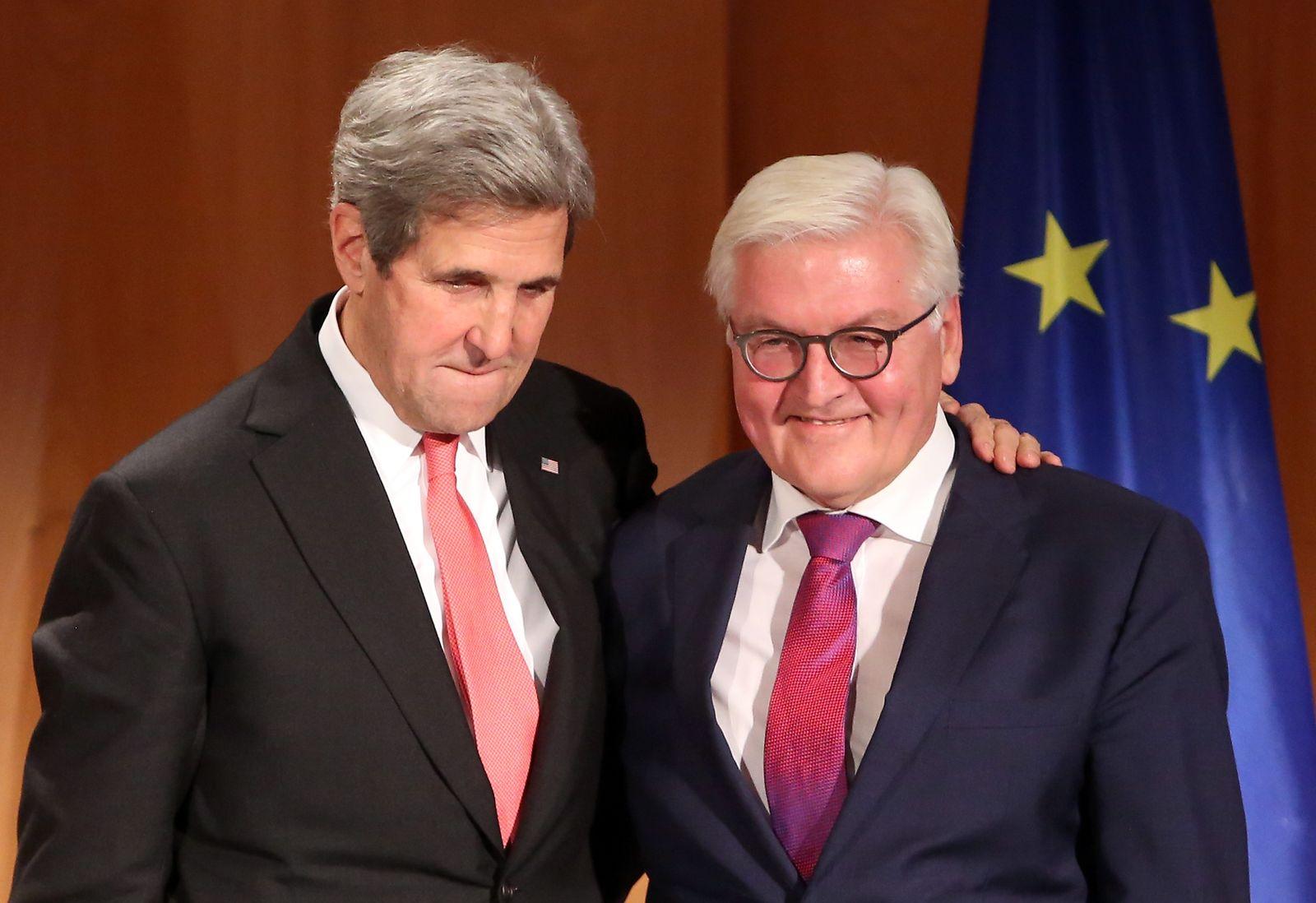 Kerry, Steinmeier, Bundesverdienstkreuz