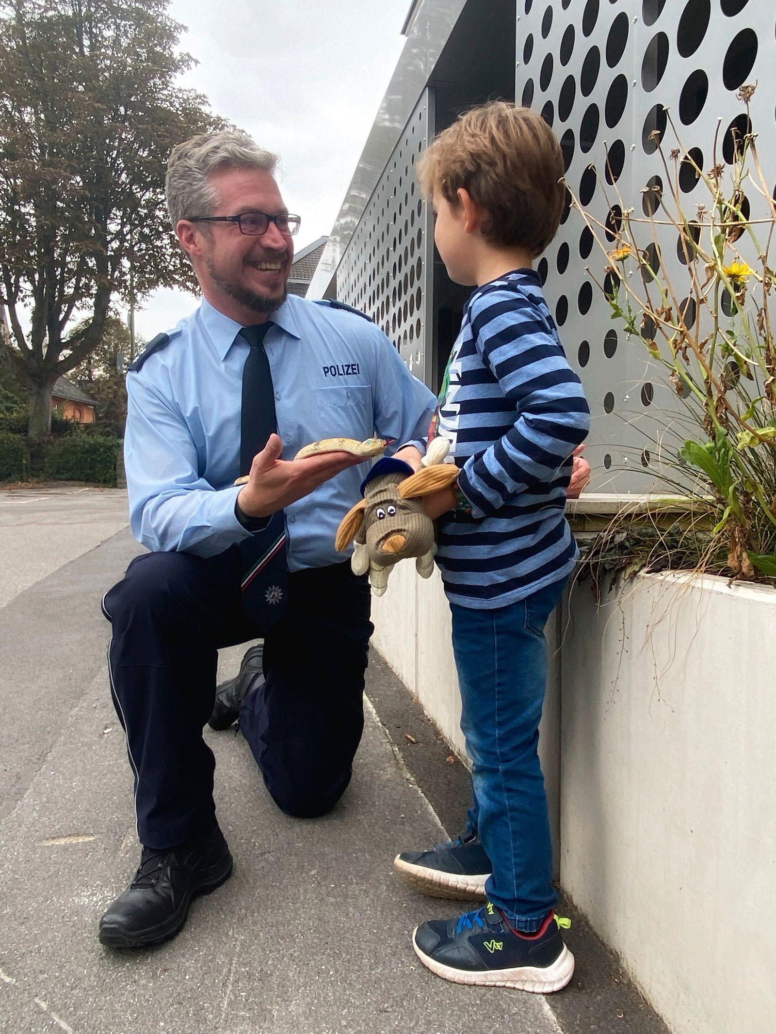 Hagen / Sechsjähriger erhält Spielzeug-Schlange zurück
