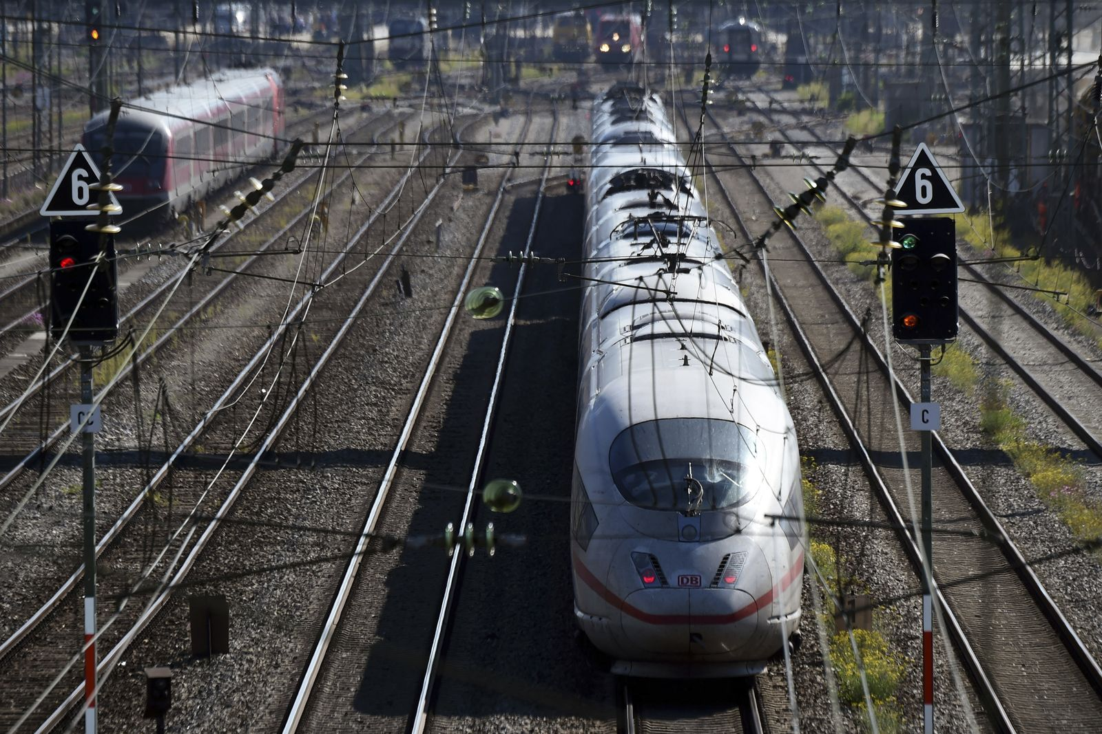 GERMANY-ECONOMY-RAILWAY-DEUTSCHE-BAHN