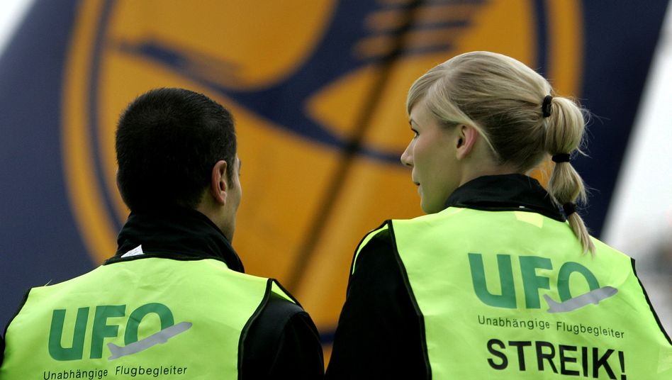 Arbeitskampf: Flugbegleiter der Lufthansa starten Streik