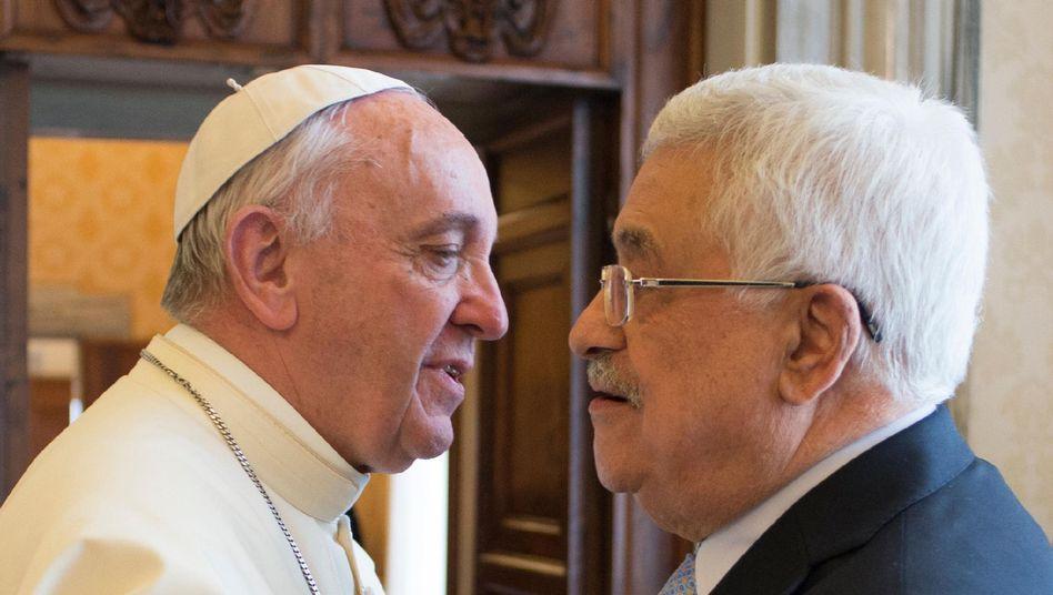 """Papst Franziskus und Mahmoud Abbas: """"Herzliches Treffen"""""""