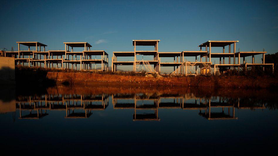 Bauruinen: Milliardenbelastungen für Banken durch Immbilienkrise