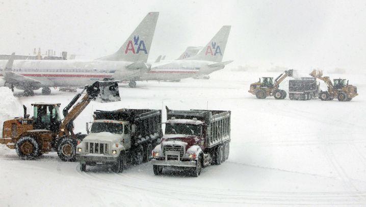 Weihnachtschaos in den USA: Städte versinken im Schnee