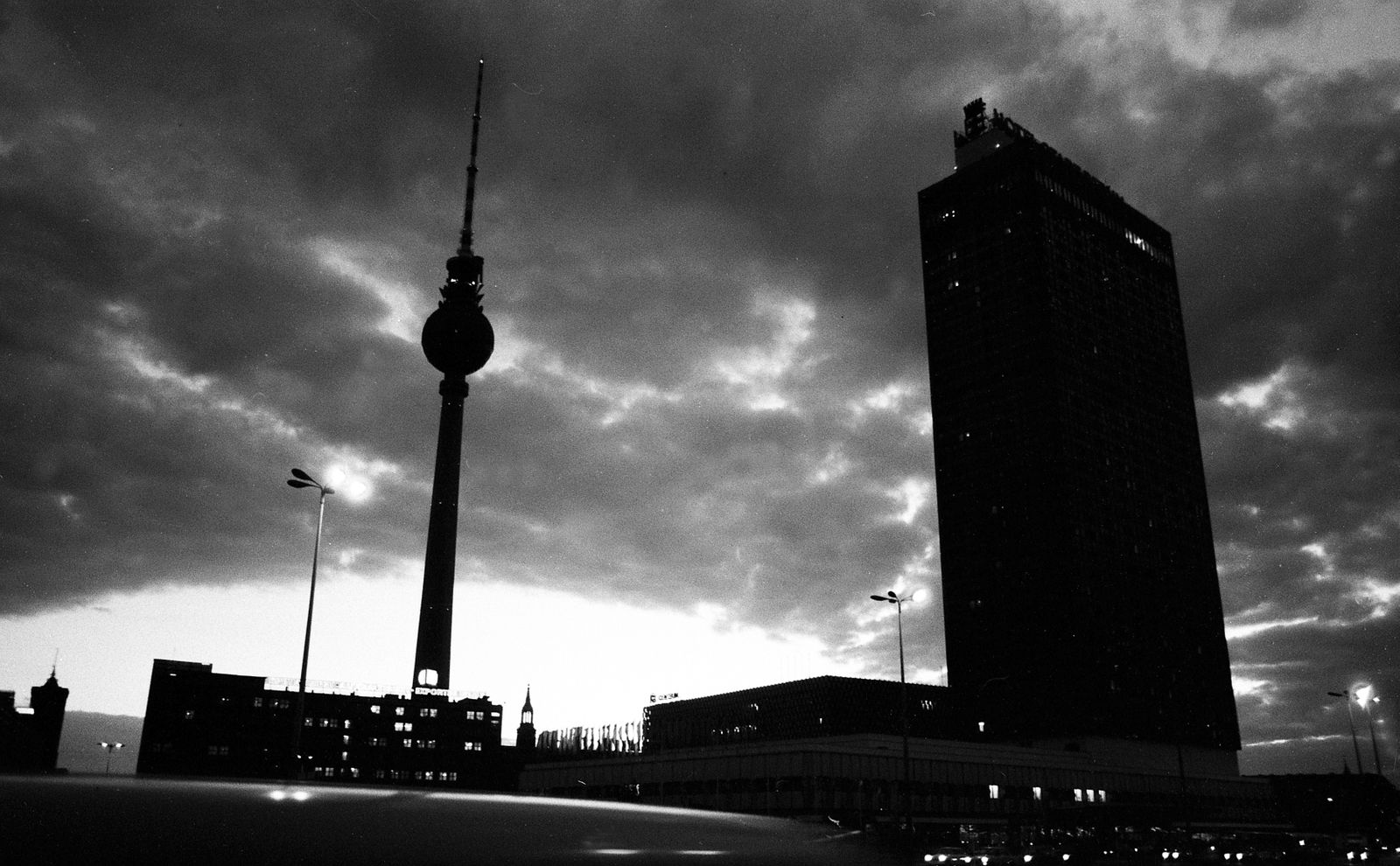 DDR - Berlin - Alexanderplatz