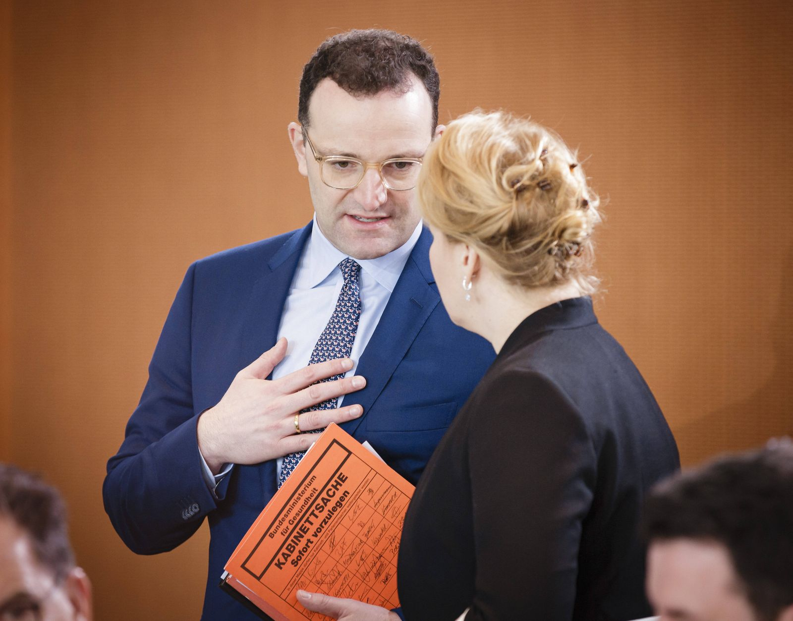 Bundesgesundheitsminister Jens Spahn, CDU und Bundesfamilienministerin Franziska Giffey, SPD, aufgenommen im Rahmen ein