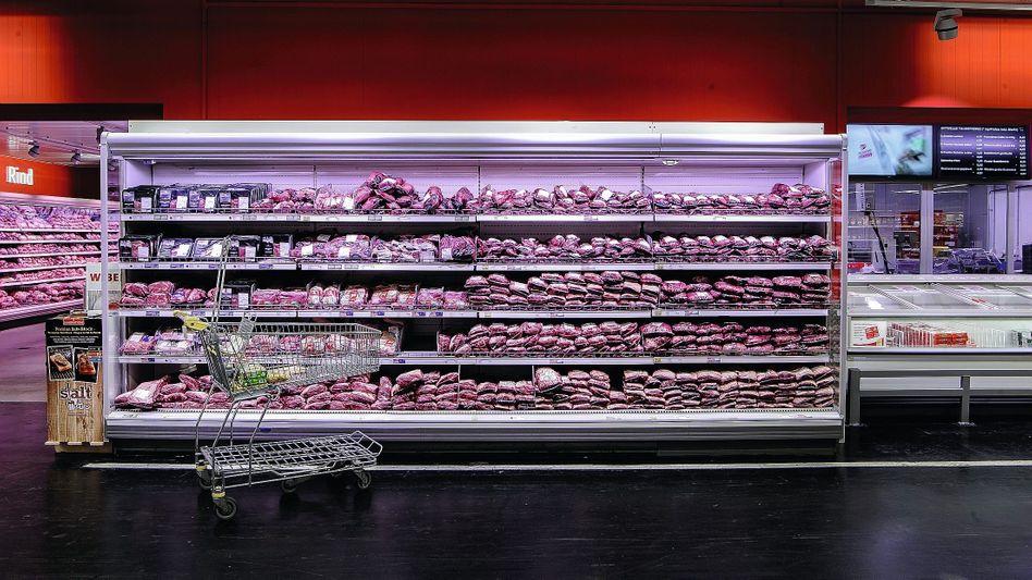 Fleischregale in Großmarkt