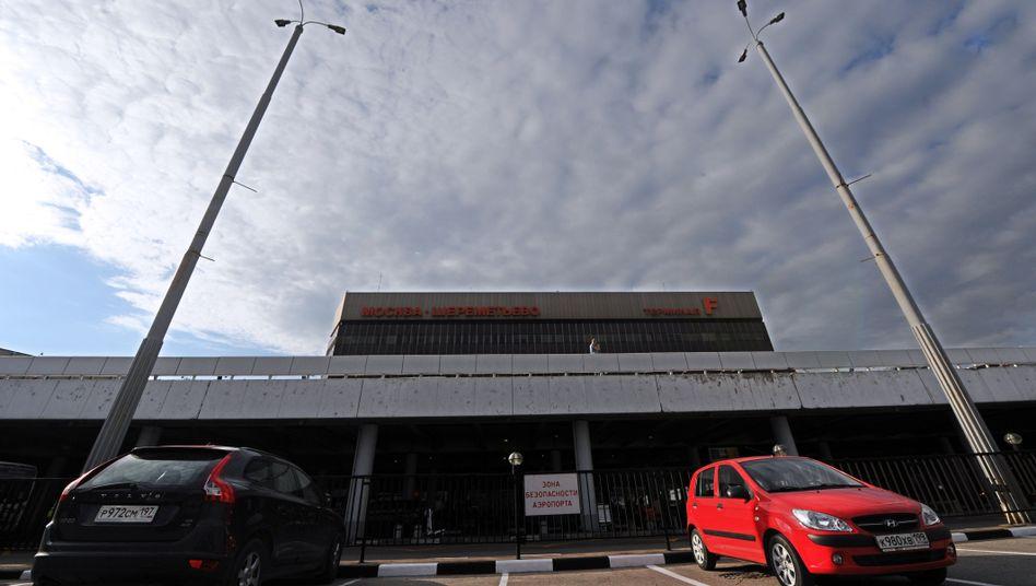 Moskauer Flughafen Scheremetjewo: Snowden muss im Transitbereich bleiben