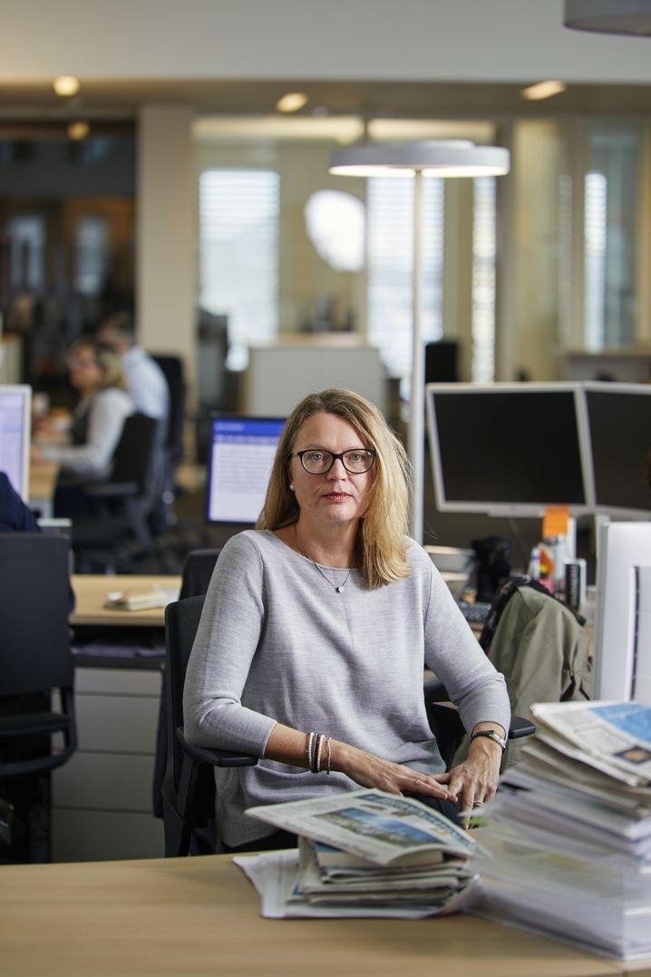 Claudia Bockholt / Mittelbay. Zeitung Nachrichtenchefin fÃ?r Der Spiegel +++ Claudia Bockholt / Mittelbay. Zeitung Nachrichtenchefin an ihrem ARbeitsplatz im Newsroom