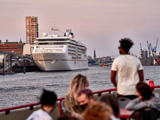 """""""Mein Schiff 3"""" in Cuxhaven (Mai 2020): TUI Cruises startet ab 24. Juli mit Reisen gen Südnorwegen"""