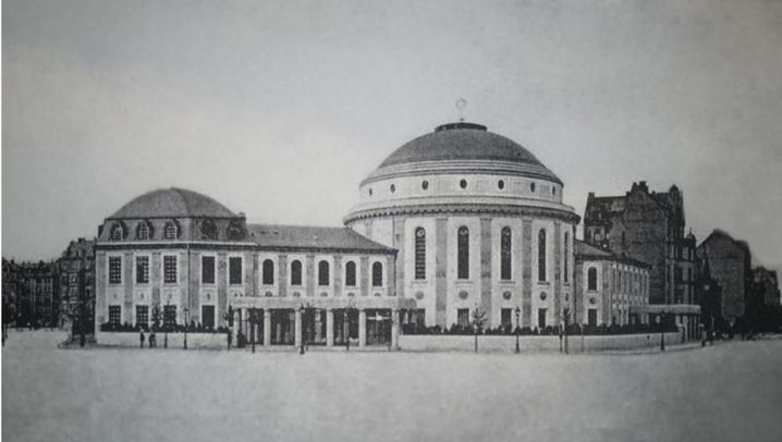 Die alte Mainzer Hauptsynagoge 1927 und der Neubau von 2010. (Fotos: Markus Weber/Unbekannt)
