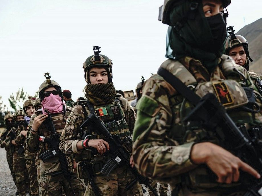 Women soldiers with the Afghanistan army