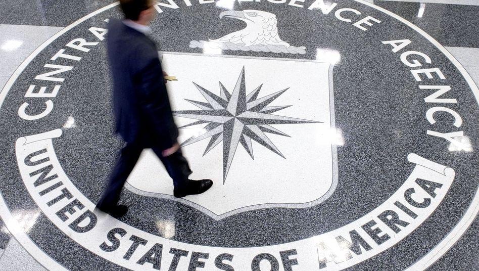 Lobby des CIA-Hauptquartiers in Langley, Virginia: Verhörspezialisten des Geheimdienstes sollen Terrorverdächtige mit Foltermethoden verhört haben