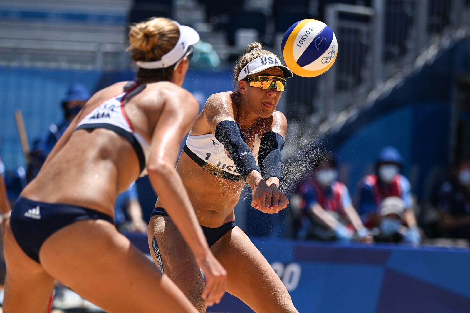 BEACH VOLLEYBALL-OLY-2020-2021-TOKYO-AUS-USA