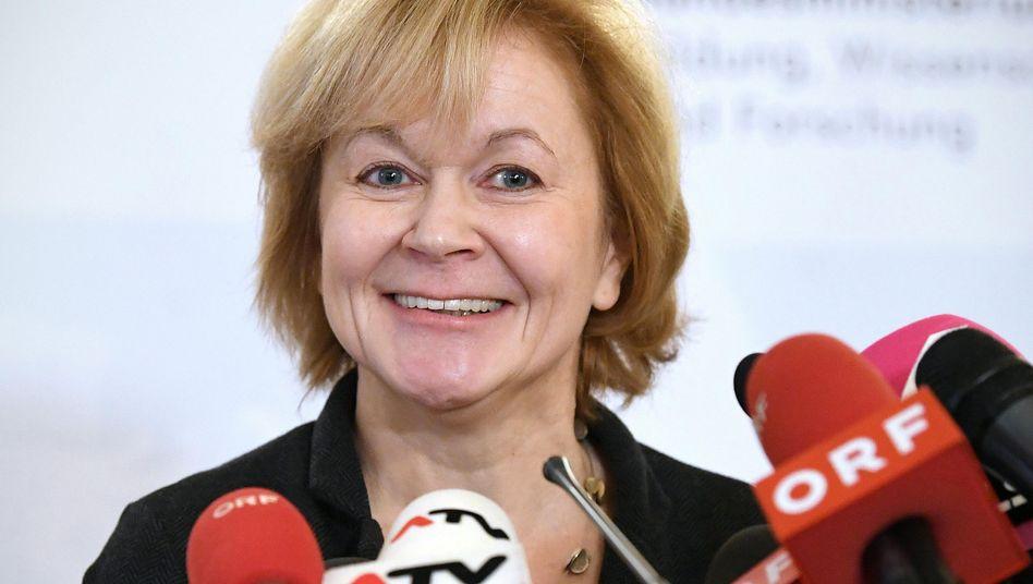Susanne Wiesinger bei einer Pressekonferenz im Dezember 2018