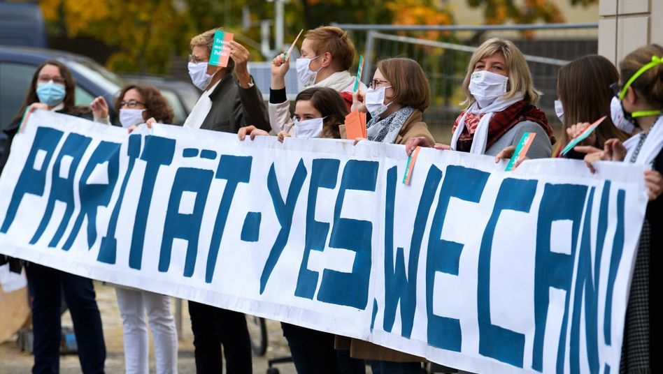 Demonstrantinnen in Potsdam