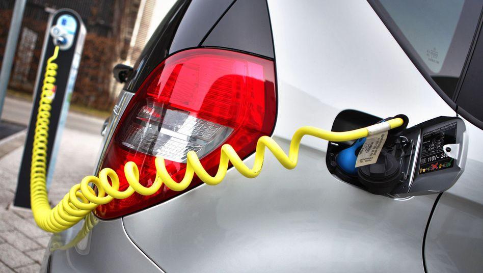 """Elektroauto an einer Ladestation: """"Weniger als die Nische in der Nische"""""""