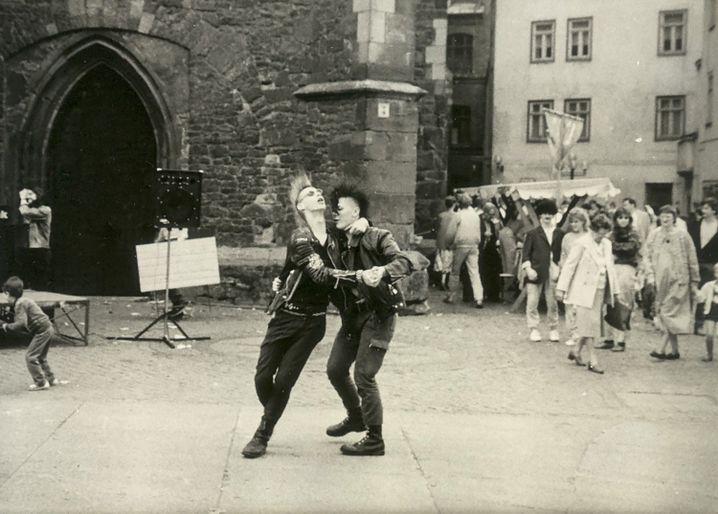 Punks in Halle 1987