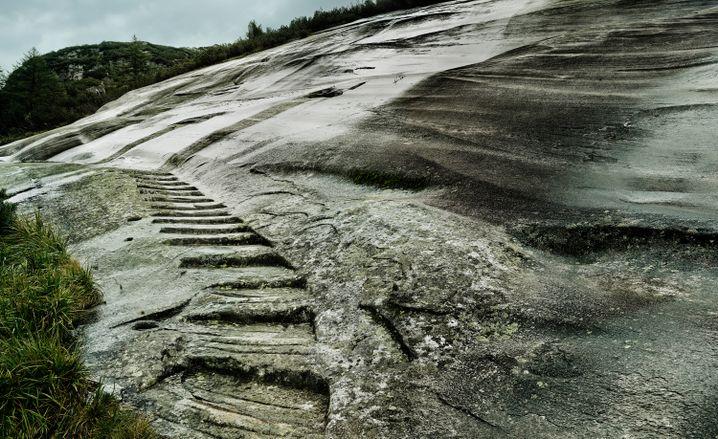 Saumweg am Grimselpass: Warten und Wandern