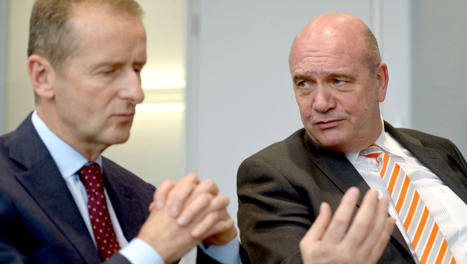 VW-Markenchef Herbert Diess (l.) und VW-Konzernbetriebsratschef Bernd Osterloh