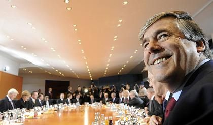 """Josef Ackermann, of Deutsche Bank: promoting a """"two-class society in the banking sector""""?"""