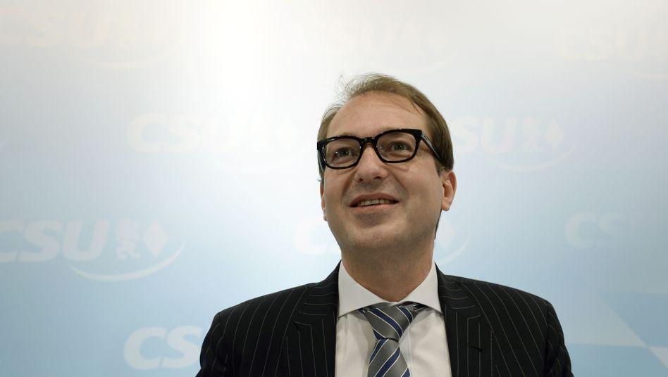 Verkehrsminister Dobrindt: Bei der Vernetzung auf private Investoren setzen
