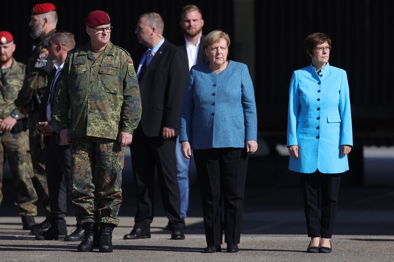 German chancellor attends muster for Kabul airlift