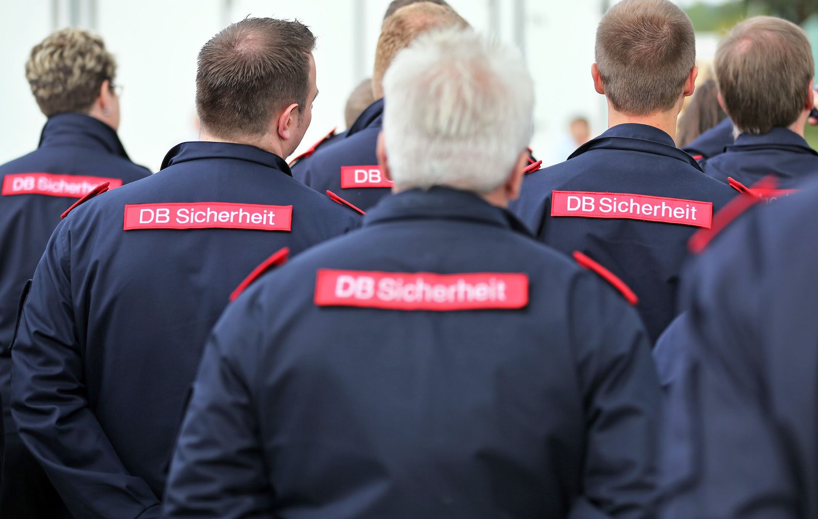 Bahn / Sicherheitspersonal