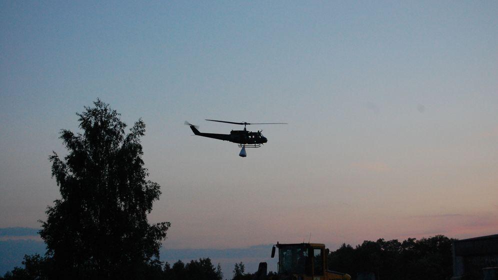 Bundeswehr im Flut-Einsatz: Im Tiefflug über den Deich