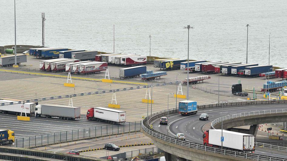 Hafen von Dover (Archivbild): Großbritannien will 50 Millionen Pfund in Zollinfrastruktur investieren