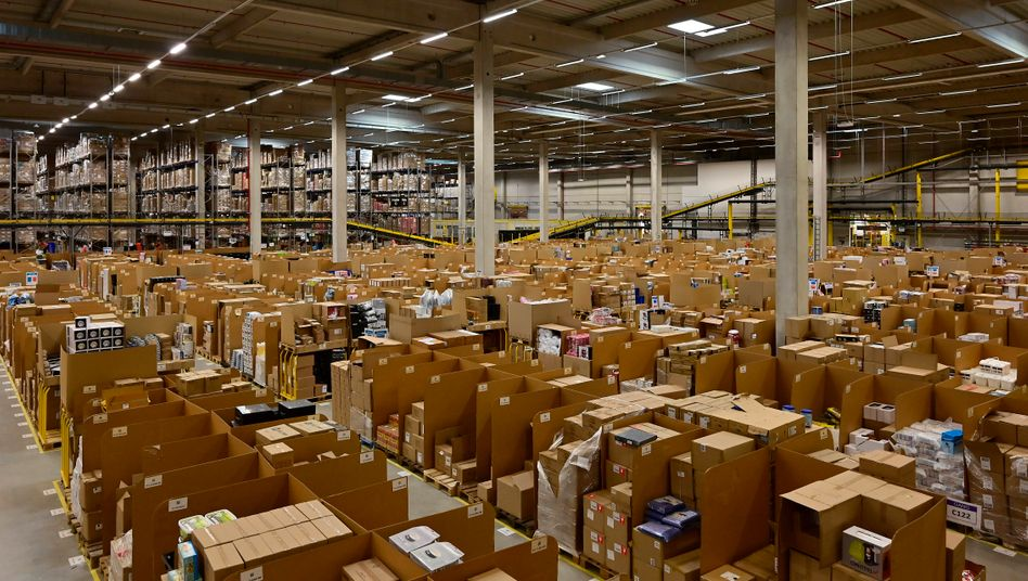 Logistikzentrum von Amazon in Rheinberg