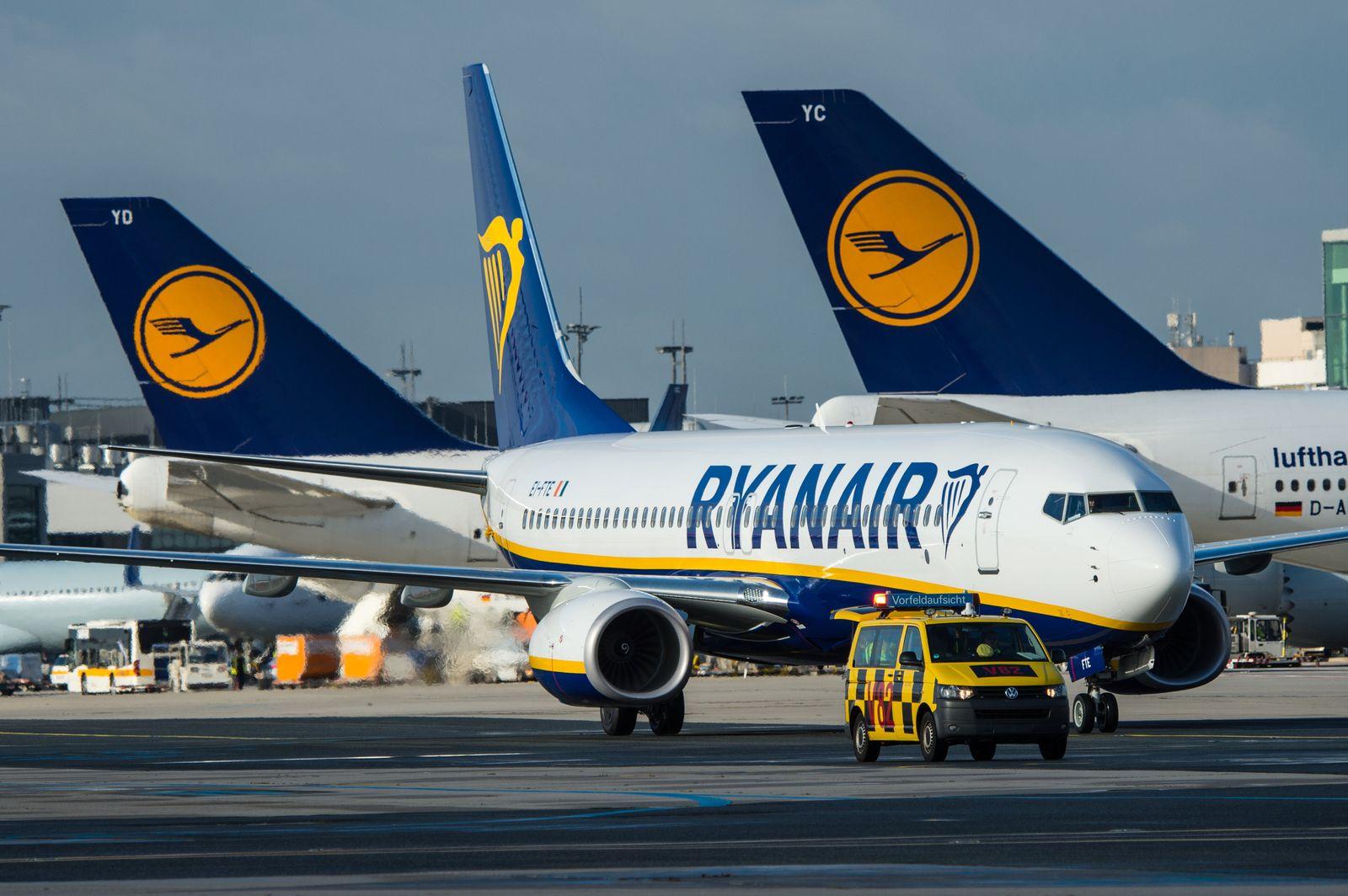 Ryanair droht Überprüfung scheinselbstständiger Piloten   DER SPIEGEL