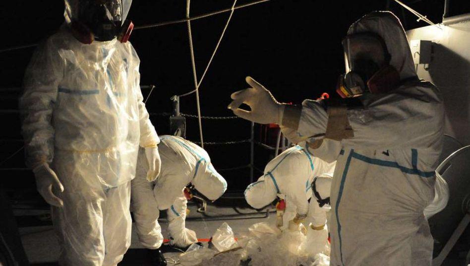 Kampf gegen Atom-Katastrophe: Techniker flicken Leck in Fukushima-Reaktor