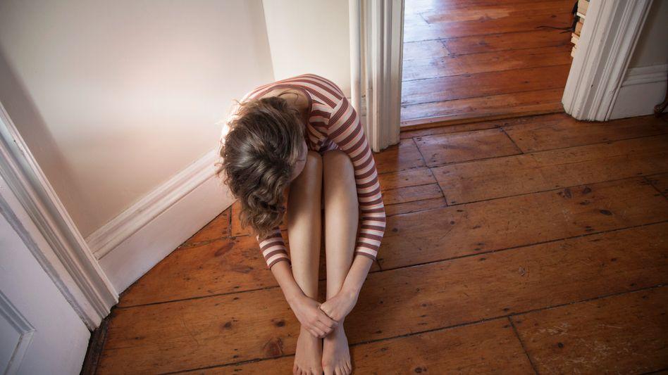 Deprimiert und dauermüde: Was fehlt der Patientin?