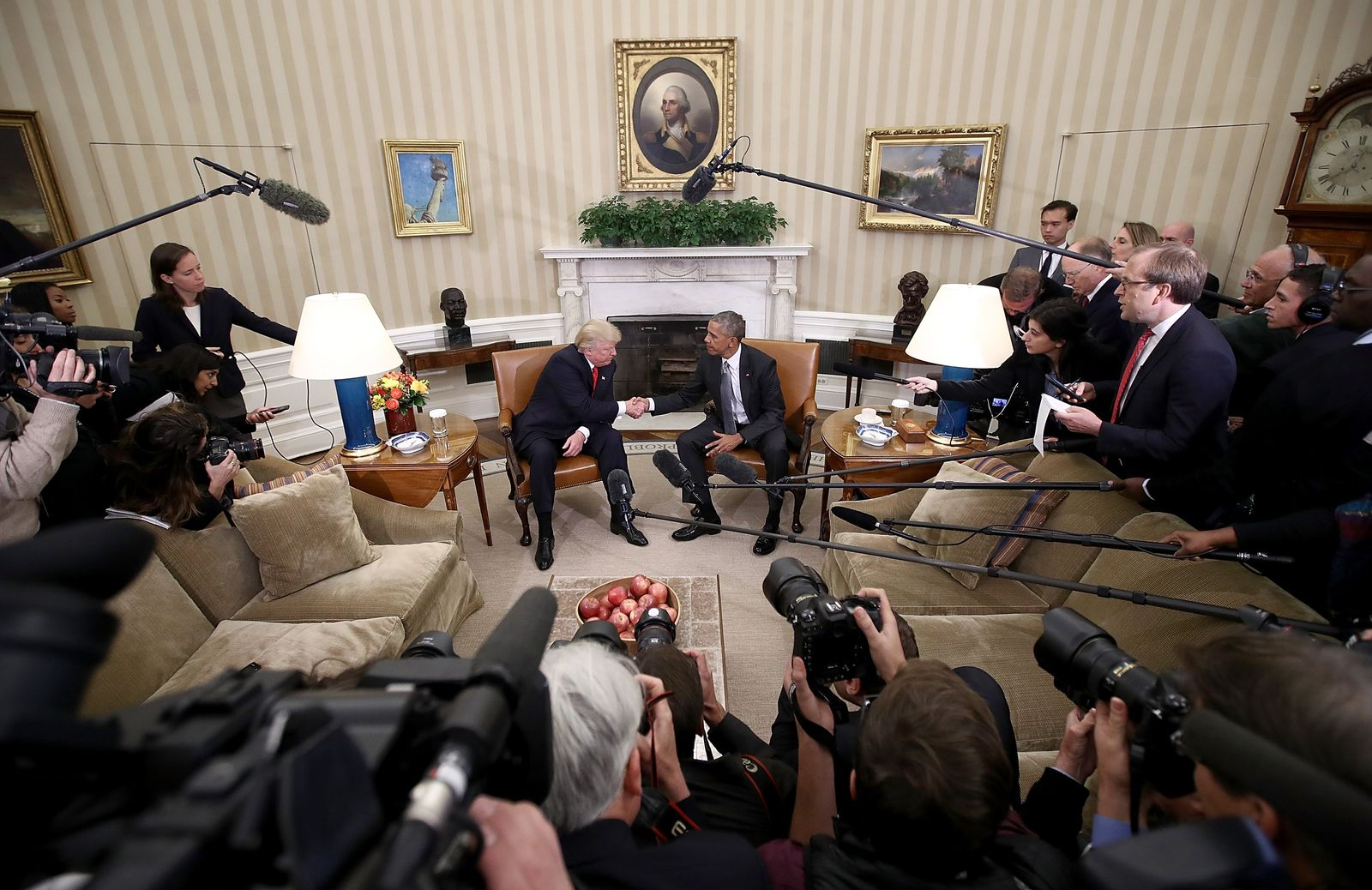US-PRESIDENT-OBAMA-MEETS-WITH-PRESIDENT-ELECT-DONALD-TRUMP-IN-TH
