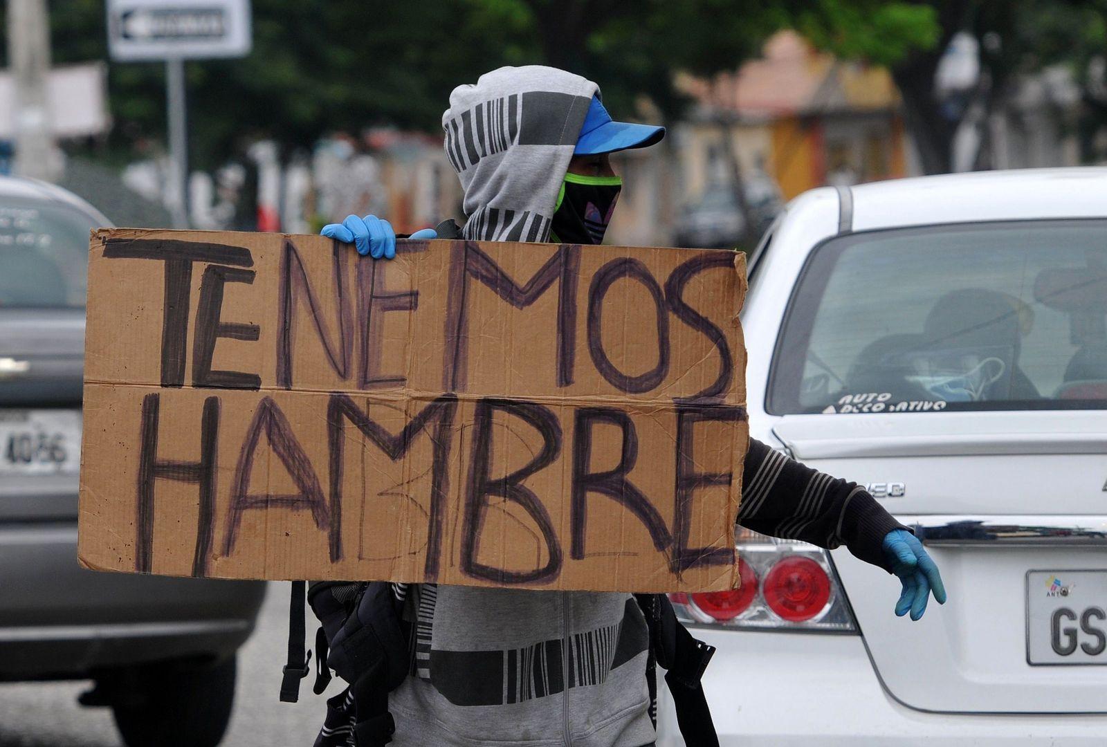 ECUADOR-VENEZUELA-HEALTH-VIRUS