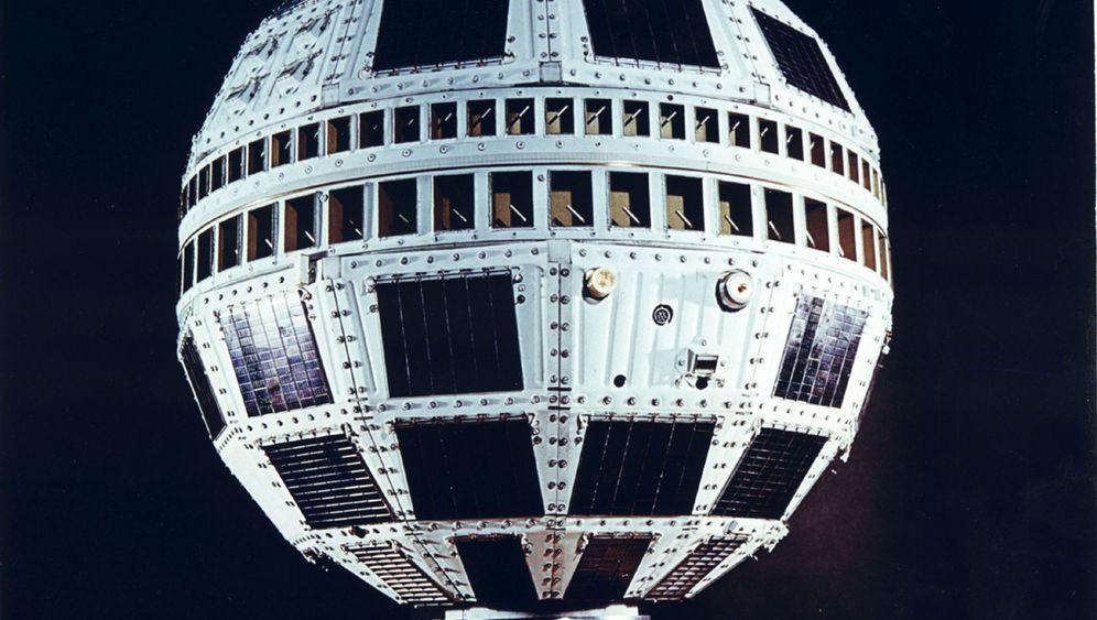 Start des Satelliten-TV: Fernsehen für die Völkerverständigung